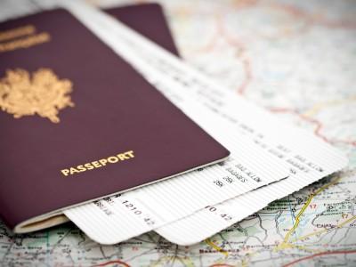 passeports et billets d 39 avion. Black Bedroom Furniture Sets. Home Design Ideas